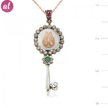 Authentic Tulipli Sır Key Necklace