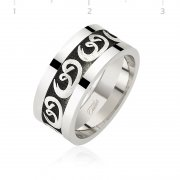 Vav Patterned Mens Wedding Ring
